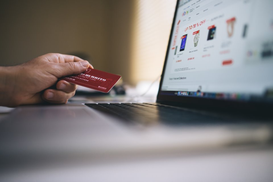 credit card shopping online black friday